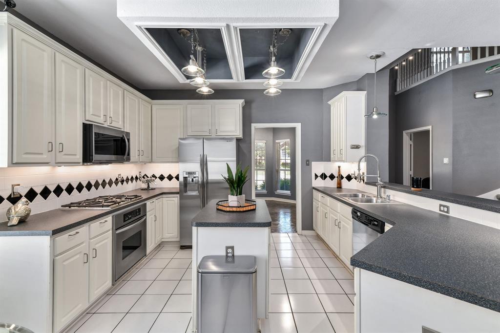 2311 Norwich  Drive, Carrollton, Texas 75006 - acquisto real estate best highland park realtor amy gasperini fast real estate service