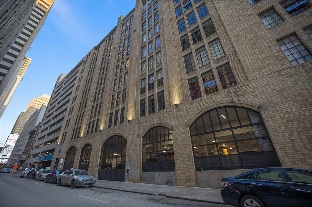 1122 Jackson  Street, Dallas, Texas 75202 - acquisto real estate best park cities realtor kim miller best staging agent
