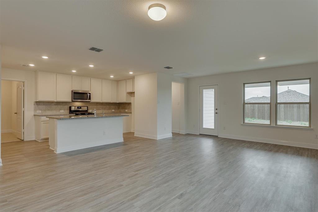 2633 Wheeler  Avenue, Aubrey, Texas 76227 - acquisto real estate best celina realtor logan lawrence best dressed realtor