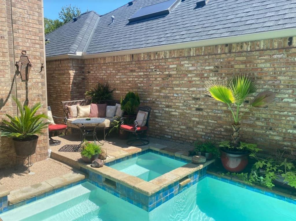6917 Hillpark  Drive, Dallas, Texas 75230 - acquisto real estate best plano real estate agent mike shepherd