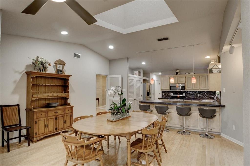 4315 Fairway  Drive, Granbury, Texas 76049 - acquisto real estate best luxury buyers agent in texas shana acquisto inheritance realtor