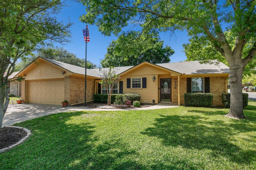 739 Somerset  Court, Mansfield, Texas 76063 - Acquisto Real Estate best plano realtor mike Shepherd home owners association expert