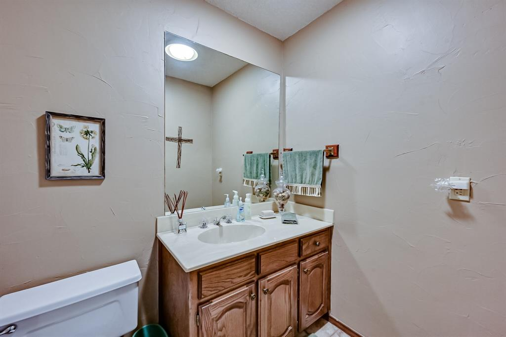 1209 Clubhouse  Drive, Mansfield, Texas 76063 - acquisto real estate best investor home specialist mike shepherd relocation expert