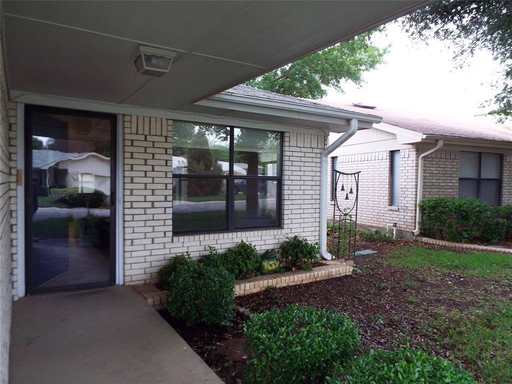 123 Azalea  Drive, Brownwood, Texas 76801 - acquisto real estate best allen realtor kim miller hunters creek expert