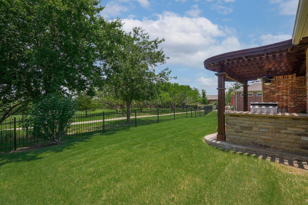 7110 Marsalis  Lane, Frisco, Texas 75036 - acquisto real estate best realtor foreclosure real estate mike shepeherd walnut grove realtor