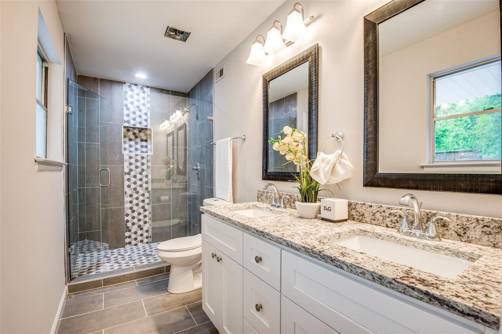 2948 Golfing Green  Drive, Farmers Branch, Texas 75234 - acquisto real estate best realtor foreclosure real estate mike shepeherd walnut grove realtor