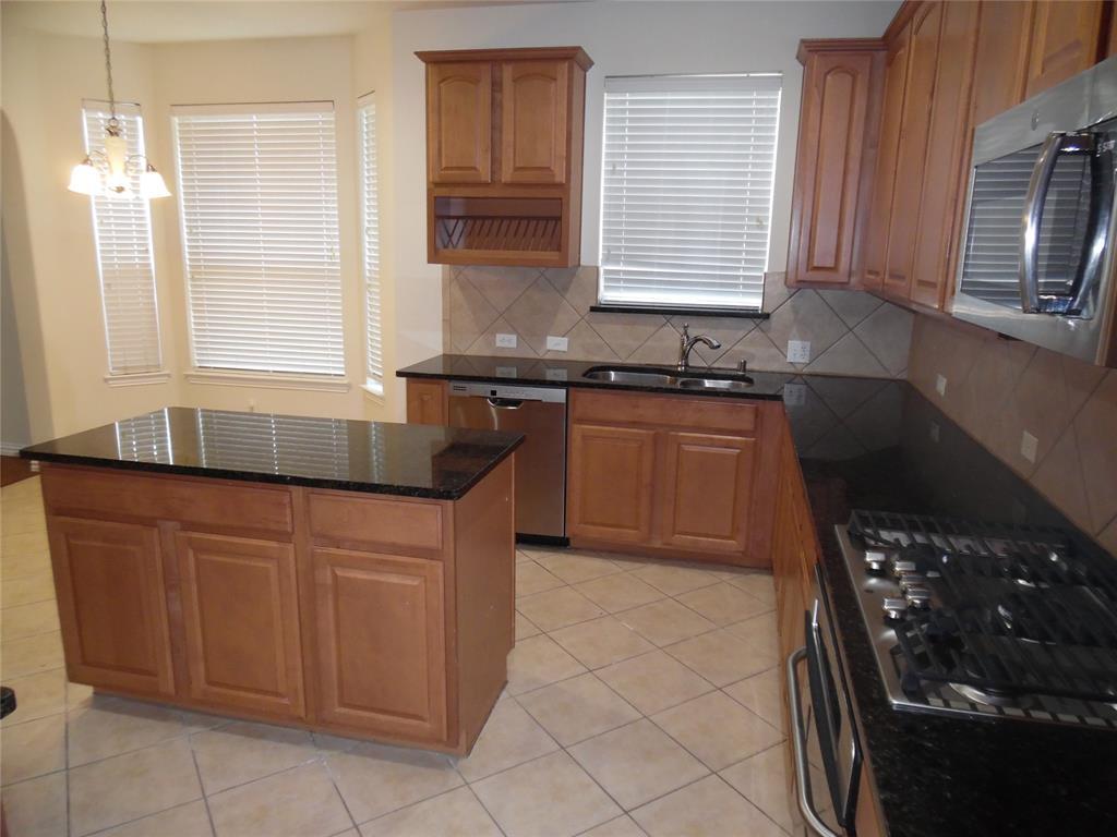 8665 Robertson  Drive, Frisco, Texas 75036 - acquisto real estate best allen realtor kim miller hunters creek expert