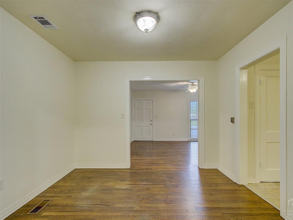 1009 Avenue F  Avenue, Garland, Texas 75040 - acquisto real estate best highland park realtor amy gasperini fast real estate service