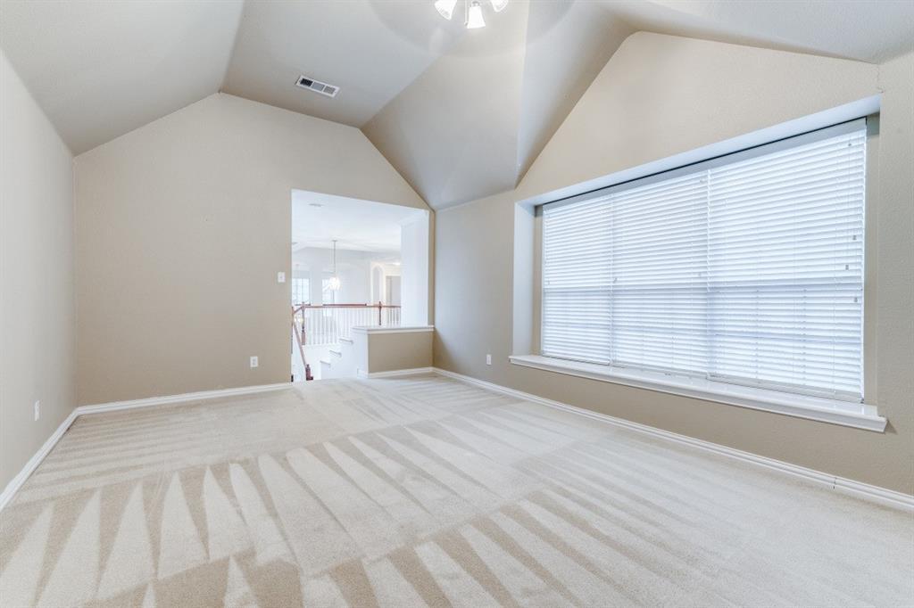5022 Toftrees  Drive, Arlington, Texas 76016 - acquisto real estate best negotiating realtor linda miller declutter realtor
