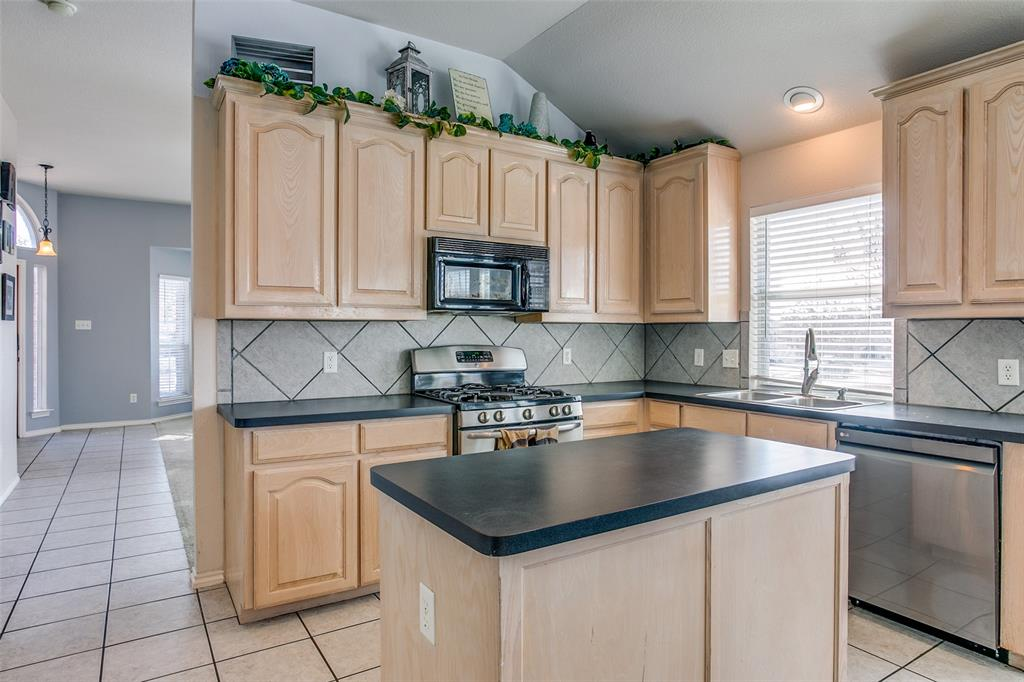 4817 Heber Springs  Trail, Fort Worth, Texas 76244 - acquisto real estate best real estate company in frisco texas real estate showings