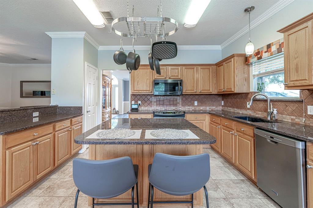 2802 Roam  Court, Granbury, Texas 76049 - acquisto real estate best listing listing agent in texas shana acquisto rich person realtor