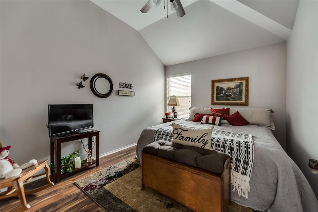 2612 Hilcroft  Avenue, Denton, Texas 76210 - acquisto real estate best park cities realtor kim miller best staging agent