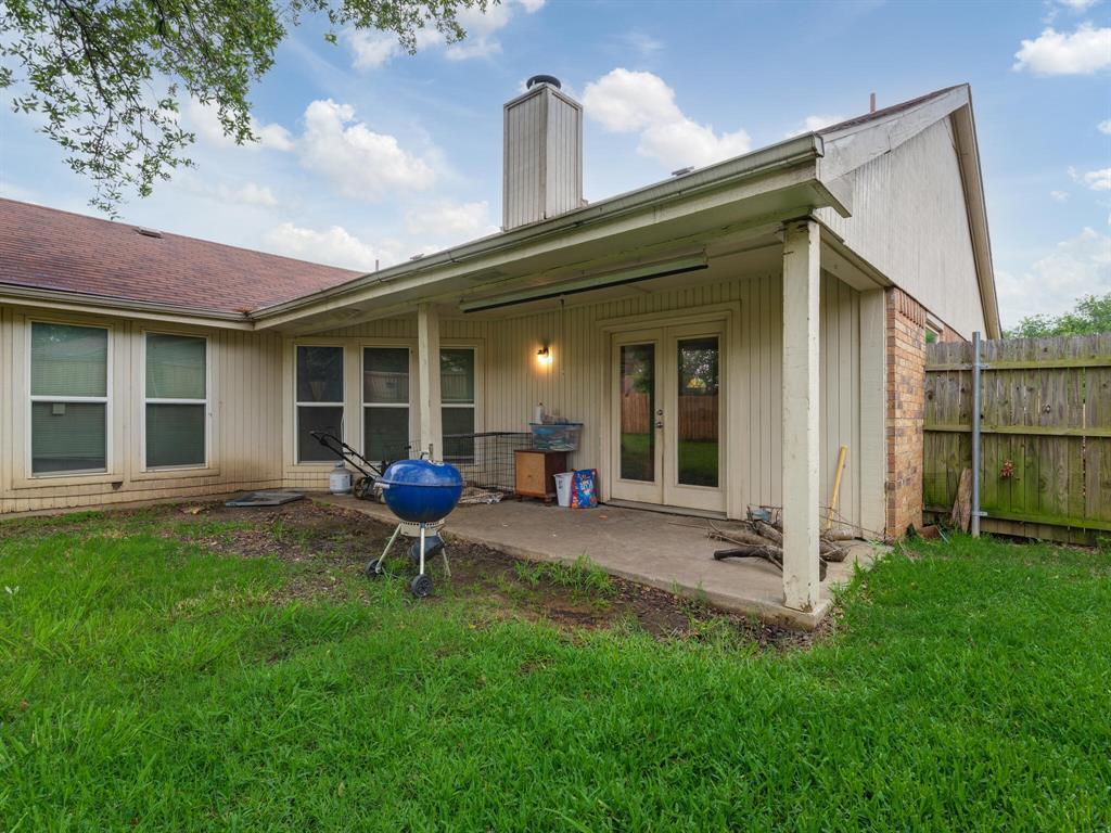 415 Lemon  Drive, Arlington, Texas 76018 - acquisto real estate best designer and realtor hannah ewing kind realtor
