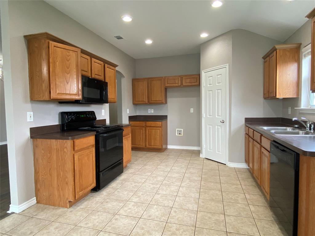 940 Rio Bravo  Drive, Fort Worth, Texas 76052 - acquisto real estate best listing listing agent in texas shana acquisto rich person realtor