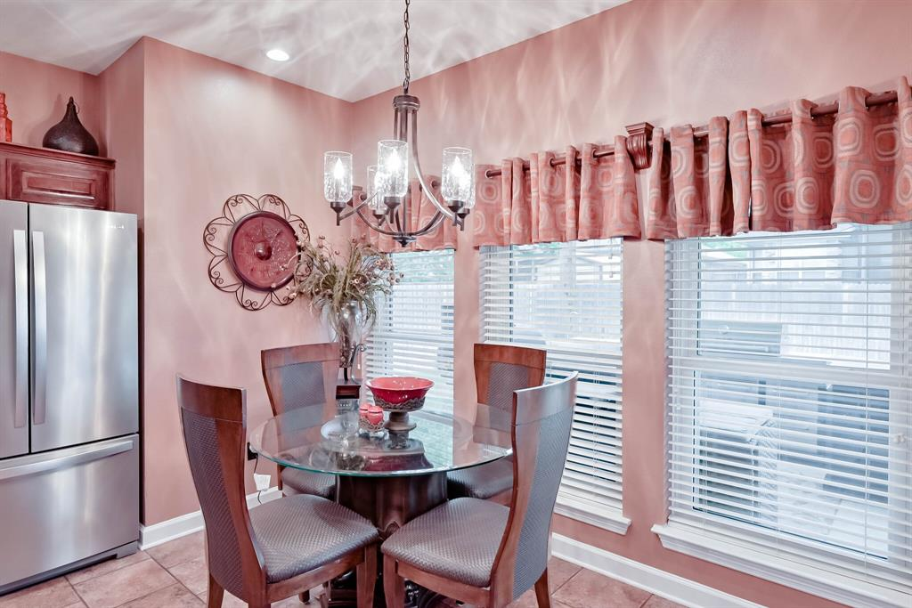 5707 Longhorn  Lane, Arlington, Texas 76017 - acquisto real estate best listing listing agent in texas shana acquisto rich person realtor