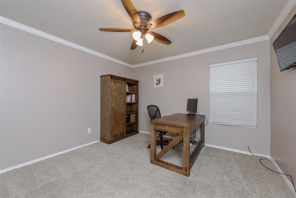 2921 Desert  Drive, Denton, Texas 76210 - acquisto real estate best park cities realtor kim miller best staging agent