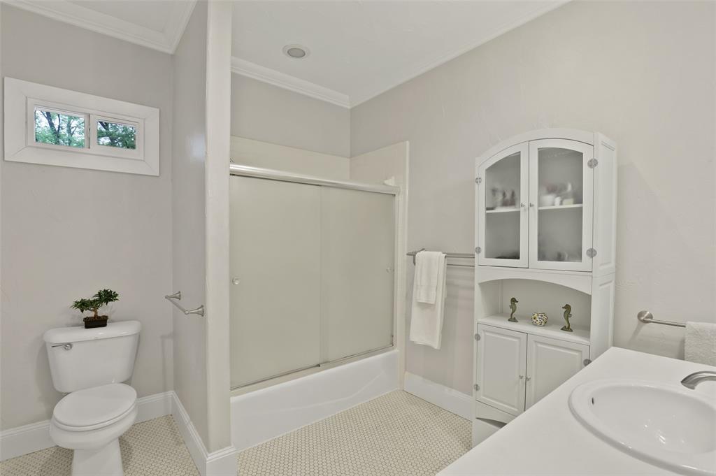 5838 Monticello  Avenue, Dallas, Texas 75206 - acquisto real estate best designer and realtor hannah ewing kind realtor