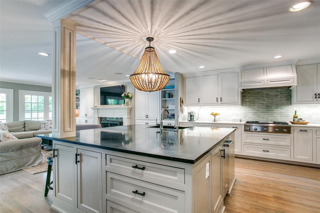 6738 Avalon  Avenue, Dallas, Texas 75214 - acquisto real estate best listing agent in the nation shana acquisto estate realtor
