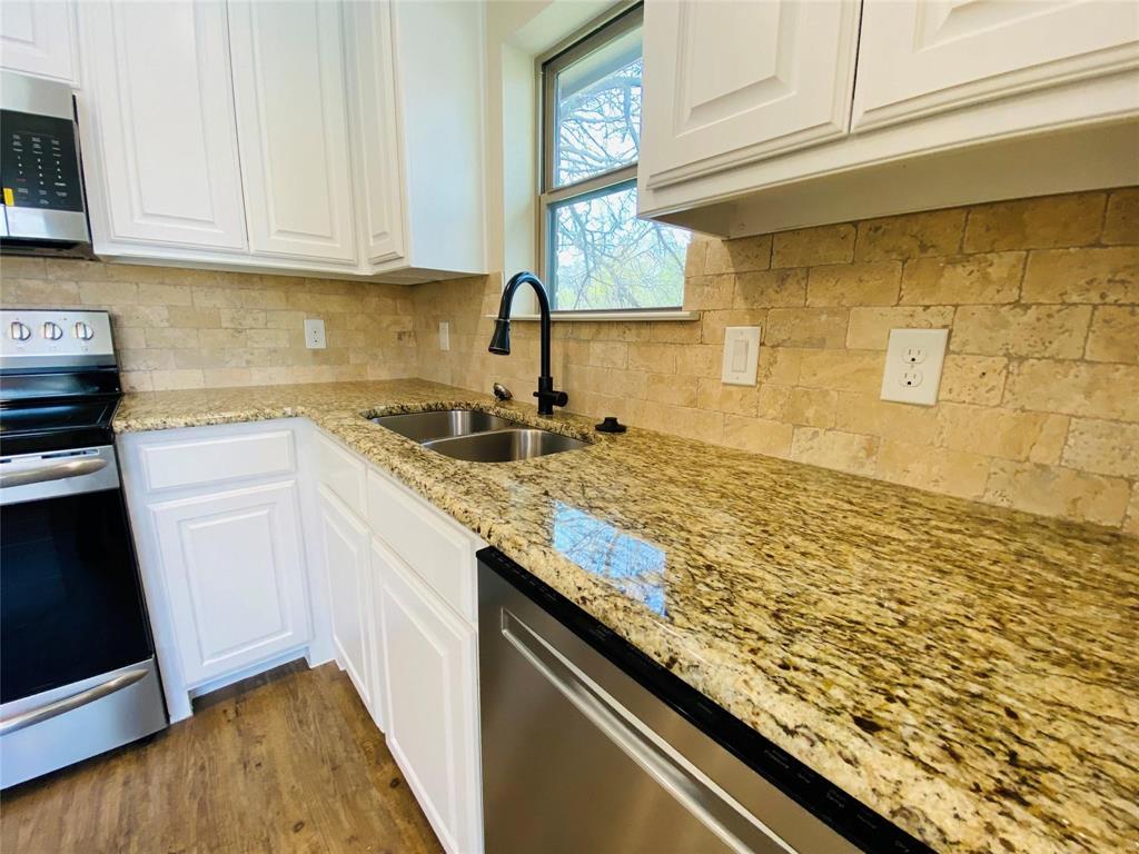 312 Heron  Street, Denison, Texas 75020 - acquisto real estate best highland park realtor amy gasperini fast real estate service