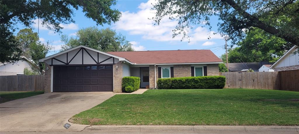 1907 San Saba  Lane, Arlington, Texas 76006 - acquisto real estate best plano real estate agent mike shepherd