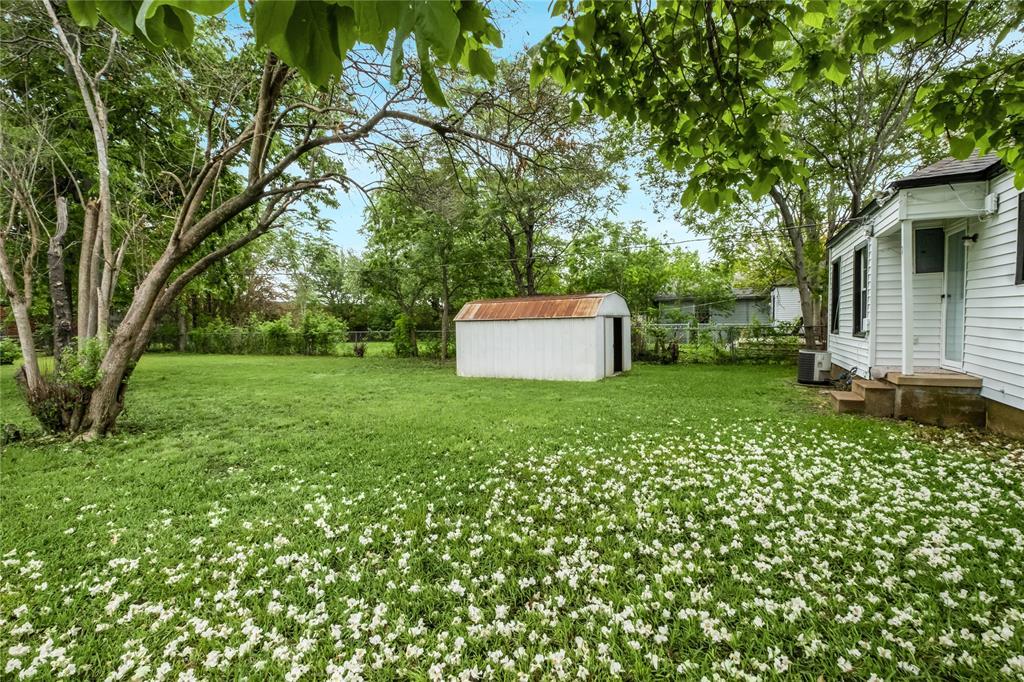 1507 Newport  Avenue, Dallas, Texas 75224 - acquisto real estate best realtor dallas texas linda miller agent for cultural buyers