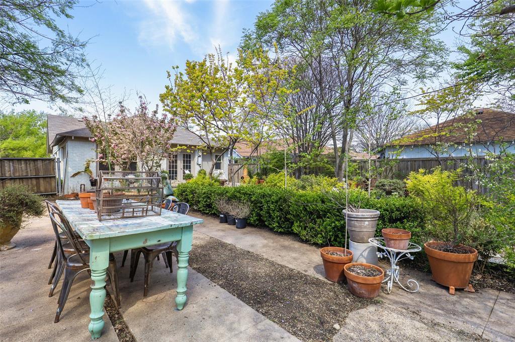1510 Hampton  Road, Dallas, Texas 75208 - acquisto real estate best realtor dfw jody daley liberty high school realtor