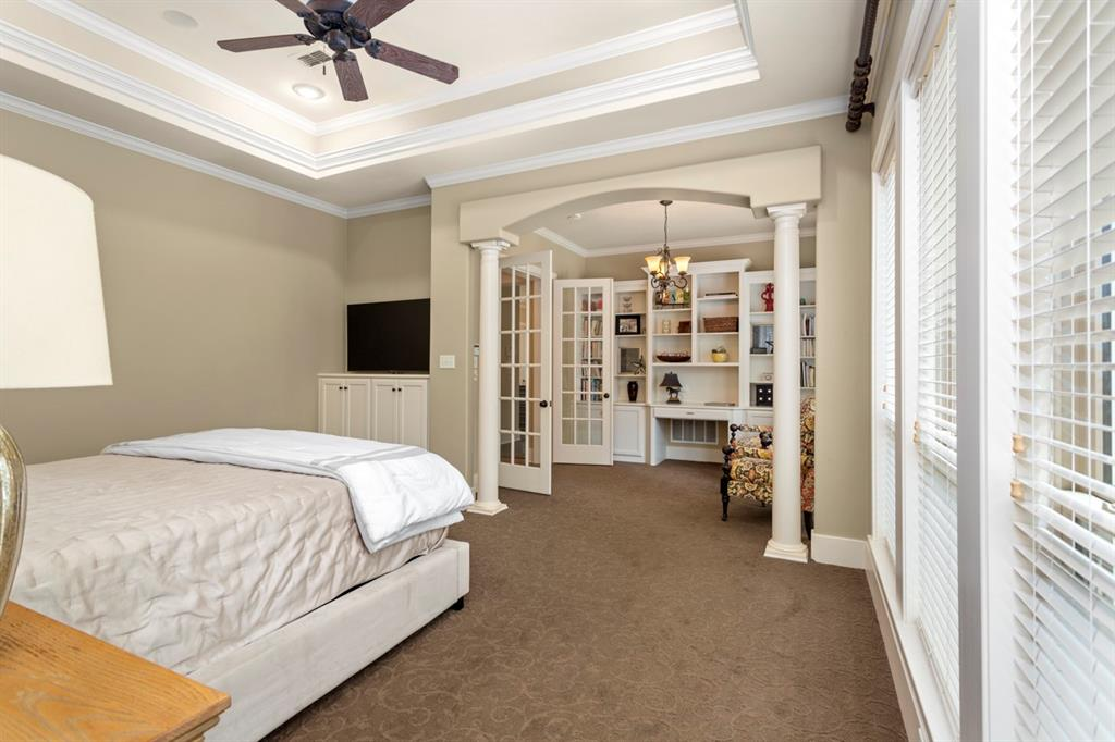 1910 Stonegate  Place, Tyler, Texas 75703 - acquisto real estate best realtor dfw jody daley liberty high school realtor