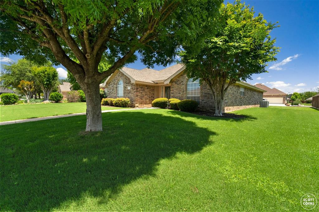 2713 Hunters Run  Brownwood, Texas 76801 - acquisto real estate best frisco real estate agent amy gasperini panther creek realtor