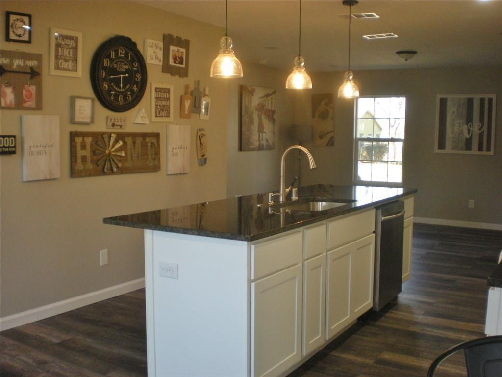 320 Avenue G  Garland, Texas 75040 - acquisto real estate best real estate company to work for