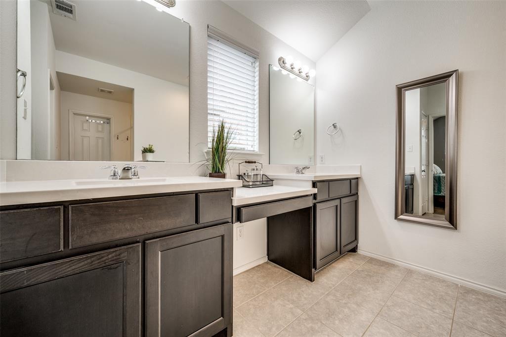 1708 Settlement  Way, Aubrey, Texas 76227 - acquisto real estate best new home sales realtor linda miller executor real estate