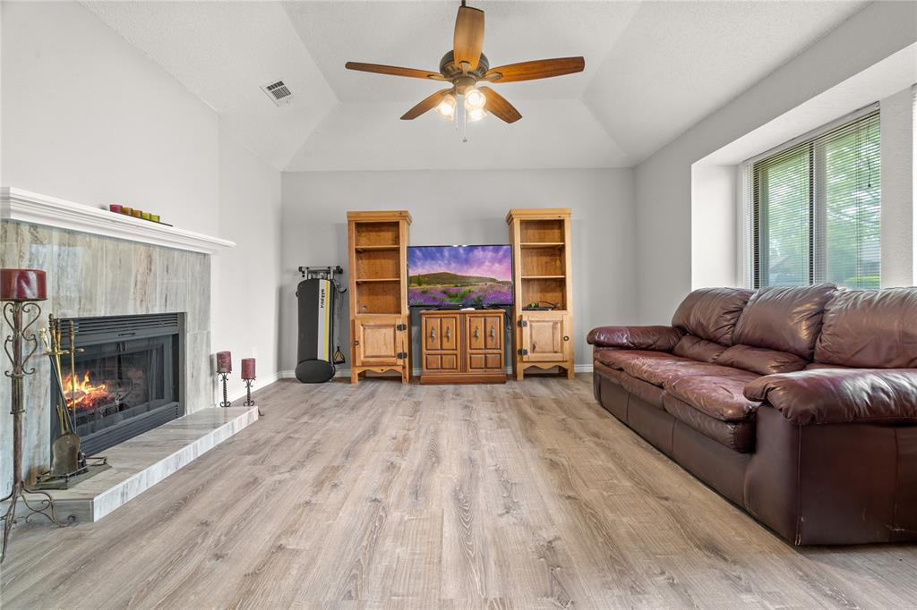 2821 Red River  Street, Mesquite, Texas 75150 - acquisto real estate best highland park realtor amy gasperini fast real estate service