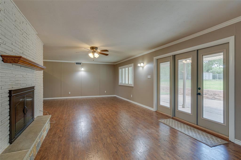 22 Shadowbrook  Lane, Hurst, Texas 76053 - acquisto real estate best designer and realtor hannah ewing kind realtor