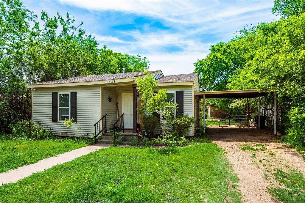 2522 High Crest  Avenue, Fort Worth, Texas 76111 - acquisto real estate best the colony realtor linda miller the bridges real estate