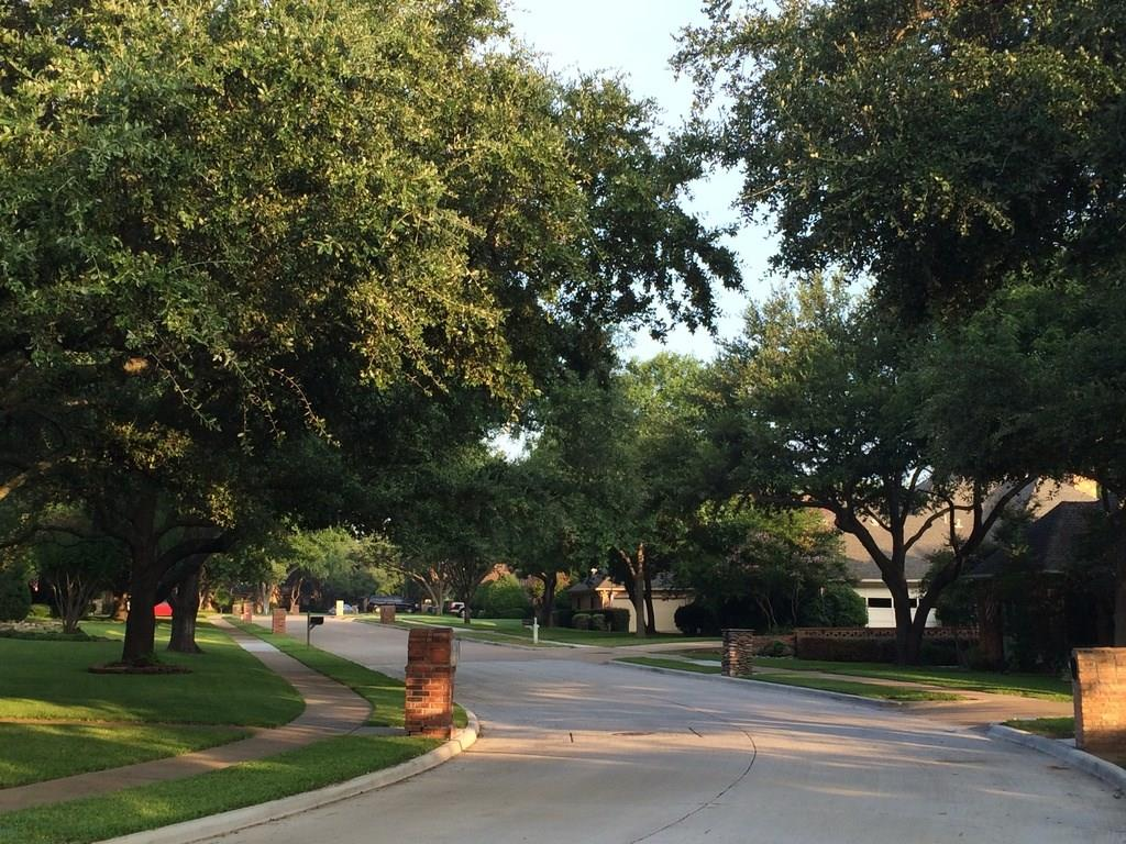 1916 Gardengrove  Court, Plano, Texas 75075 - acquisto real estate best frisco real estate agent amy gasperini panther creek realtor