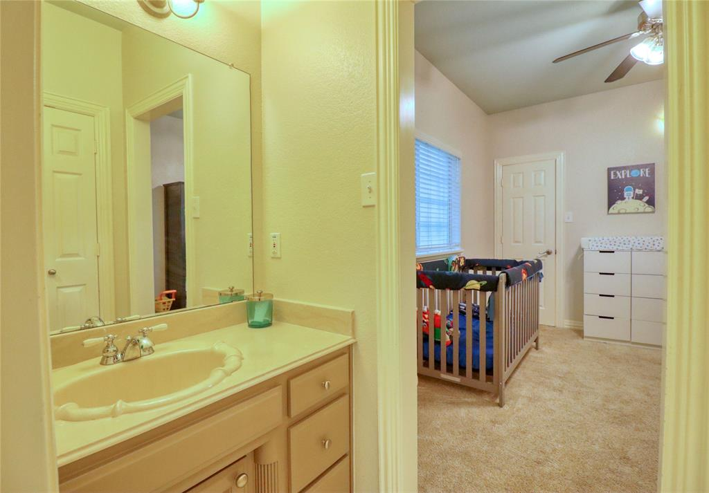 1320 Polo  Run, Midlothian, Texas 76065 - acquisto real estate best plano real estate agent mike shepherd