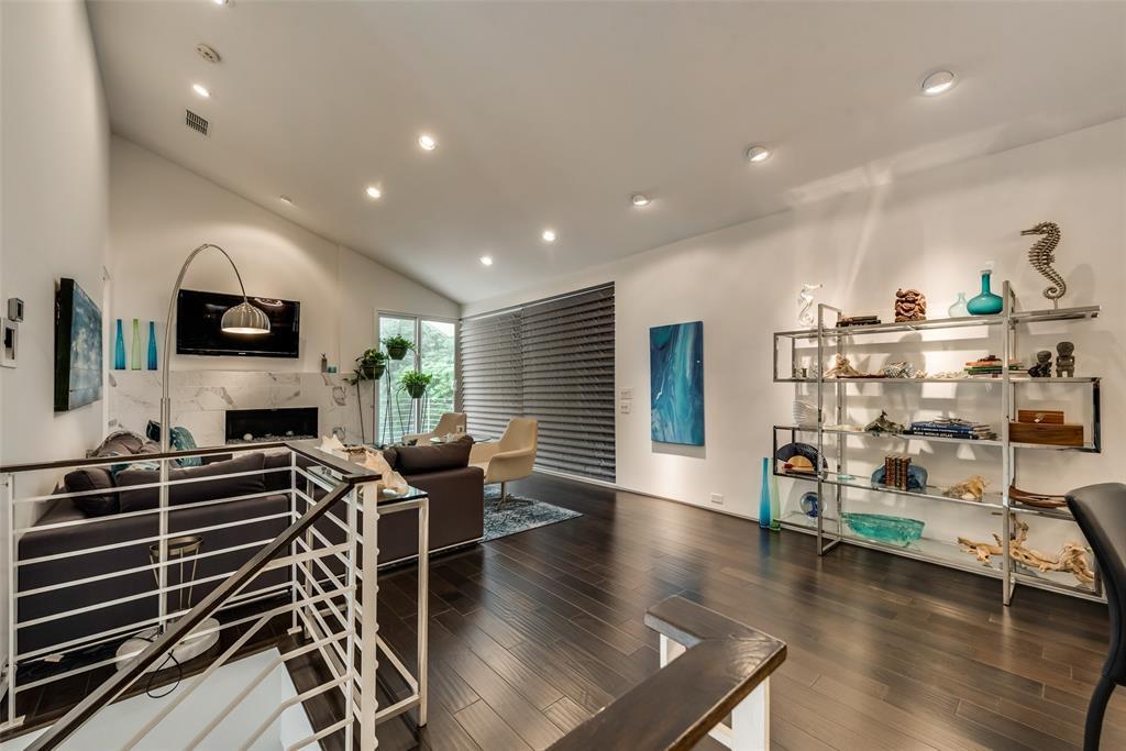4711 Live Oak  Street, Dallas, Texas 75204 - acquisto real estate best designer and realtor hannah ewing kind realtor