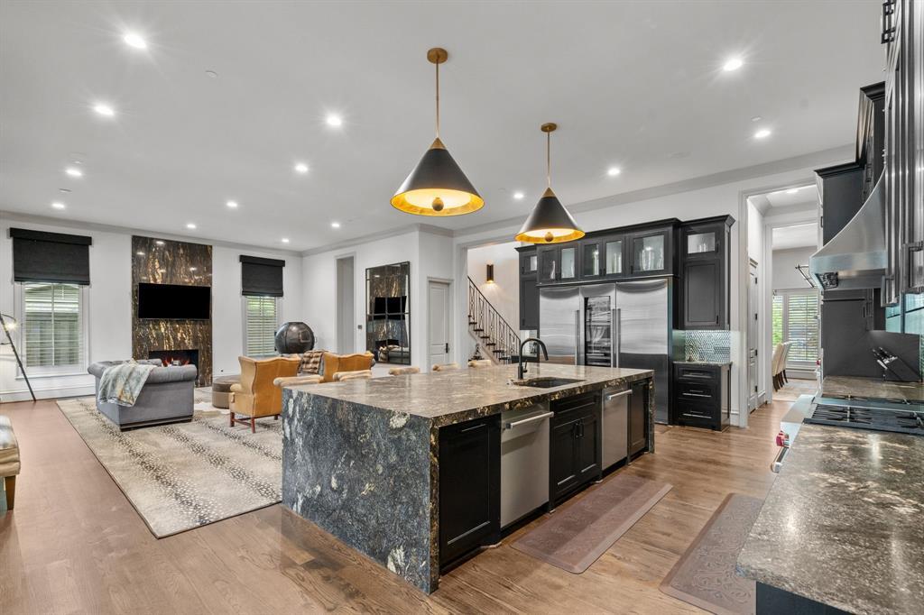 6140 Deloache  Avenue, Dallas, Texas 75225 - acquisto real estate best real estate company to work for
