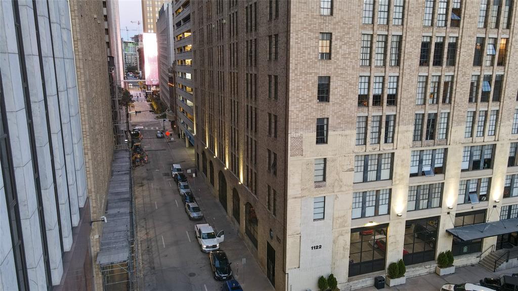1122 Jackson  Street, Dallas, Texas 75202 - acquisto real estate best celina realtor logan lawrence best dressed realtor