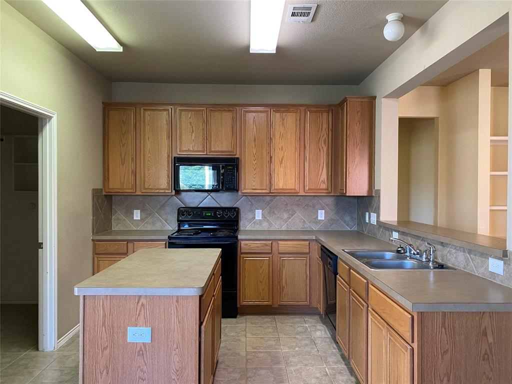 2033 Hanakoa Falls  Drive, Anna, Texas 75409 - acquisto real estate best new home sales realtor linda miller executor real estate