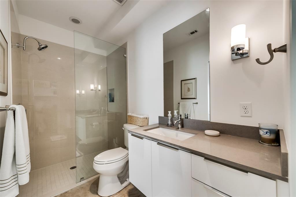4711 Live Oak  Street, Dallas, Texas 75204 - acquisto real estate best photo company frisco 3d listings