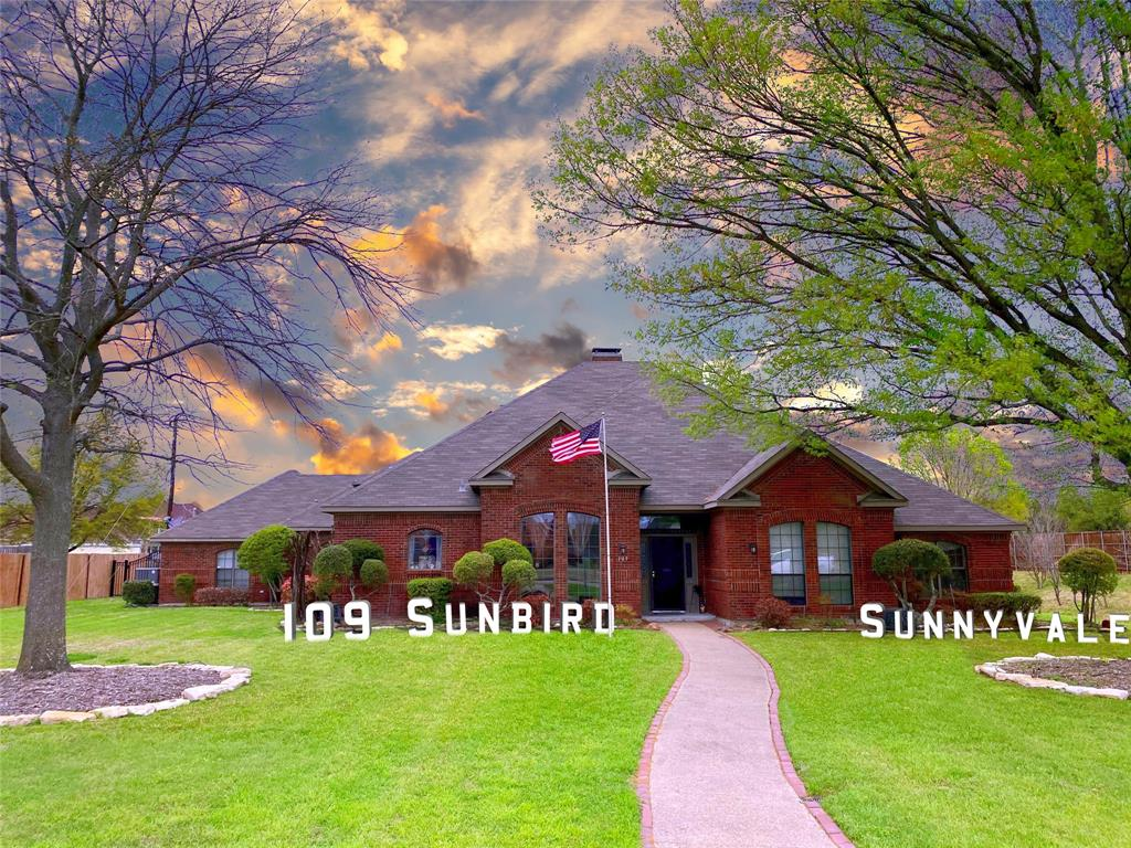 109 Sunbird  Lane, Sunnyvale, Texas 75182 - Acquisto Real Estate best plano realtor mike Shepherd home owners association expert