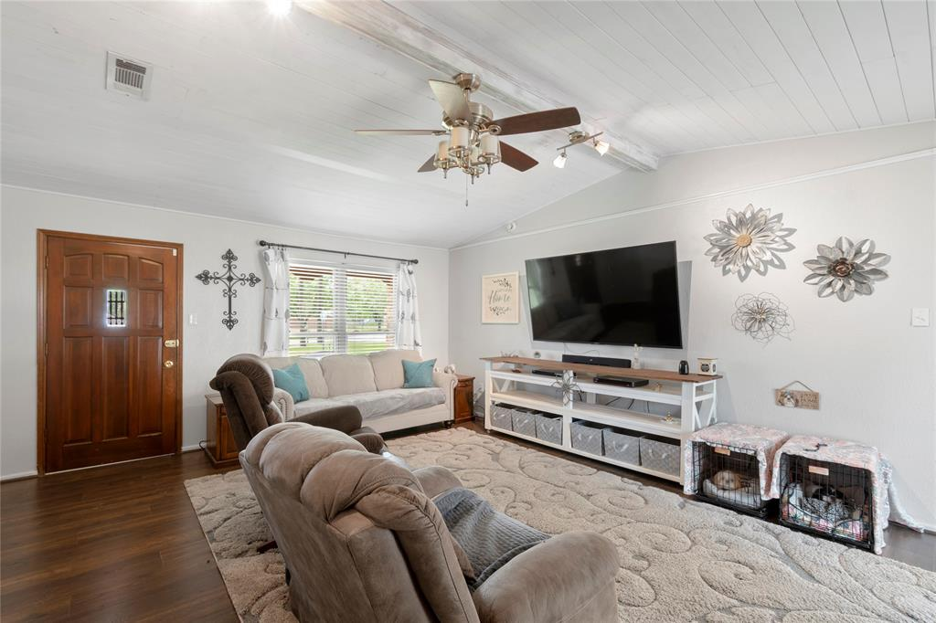 104 Lilac  Lane, Gun Barrel City, Texas 75156 - acquisto real estate best prosper realtor susan cancemi windfarms realtor