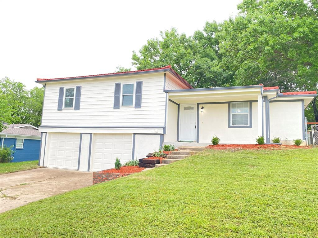 729 Pemberton  Drive, White Settlement, Texas 76108 - Acquisto Real Estate best plano realtor mike Shepherd home owners association expert