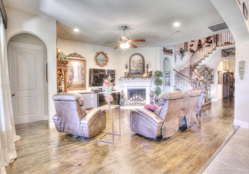 8117 Haltered Horse  Lane, Frisco, Texas 75036 - acquisto real estate best prosper realtor susan cancemi windfarms realtor