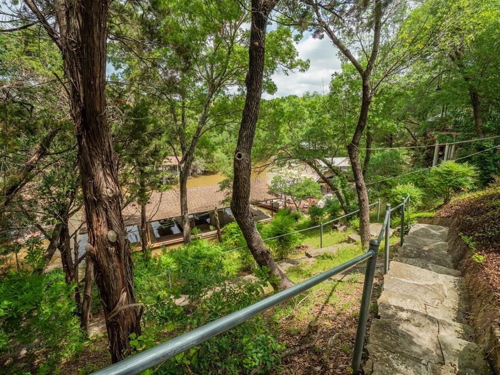 5615 Thunderbird  Court, De Cordova, Texas 76049 - acquisto real estate best park cities realtor kim miller best staging agent
