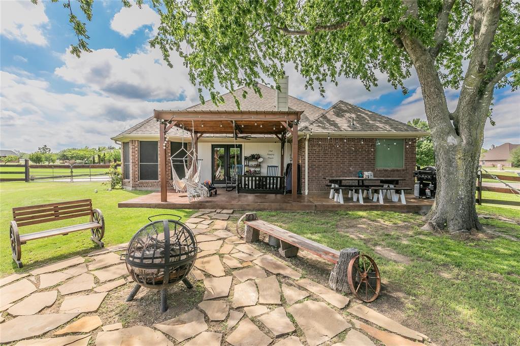 132 Fossil Rock  Drive, Azle, Texas 76020 - acquisto real estate best realtor dfw jody daley liberty high school realtor