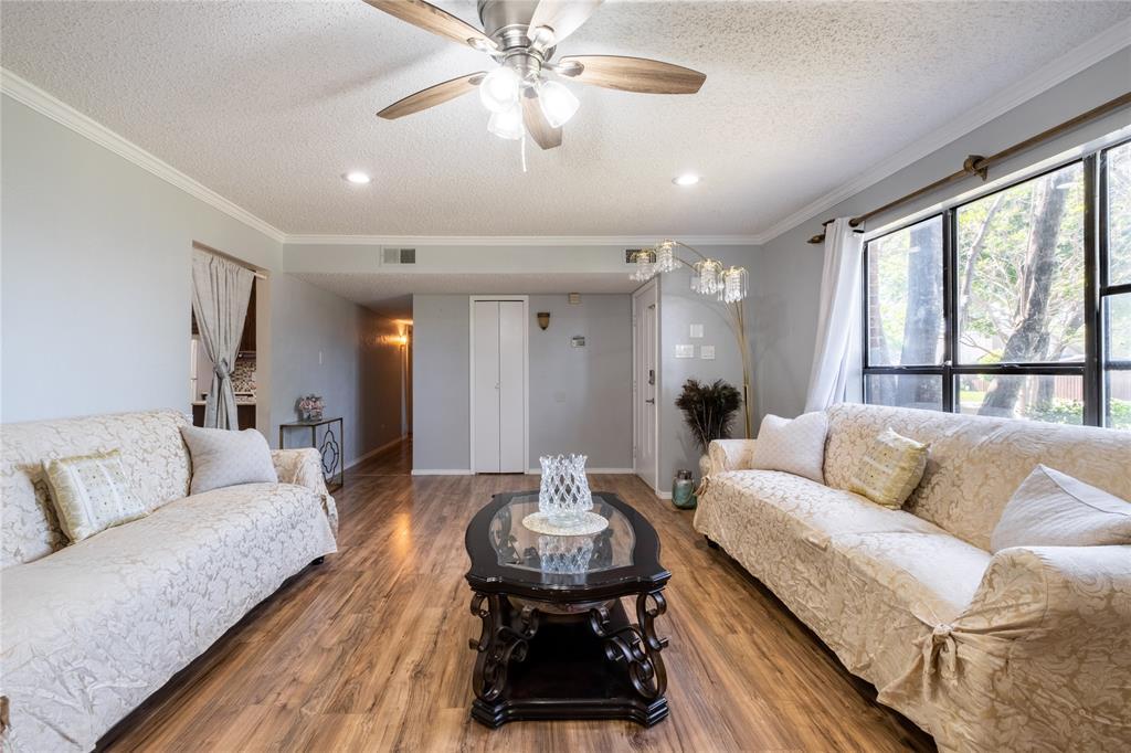 2718 Ivanridge  Lane, Garland, Texas 75044 - acquisto real estate best designer and realtor hannah ewing kind realtor