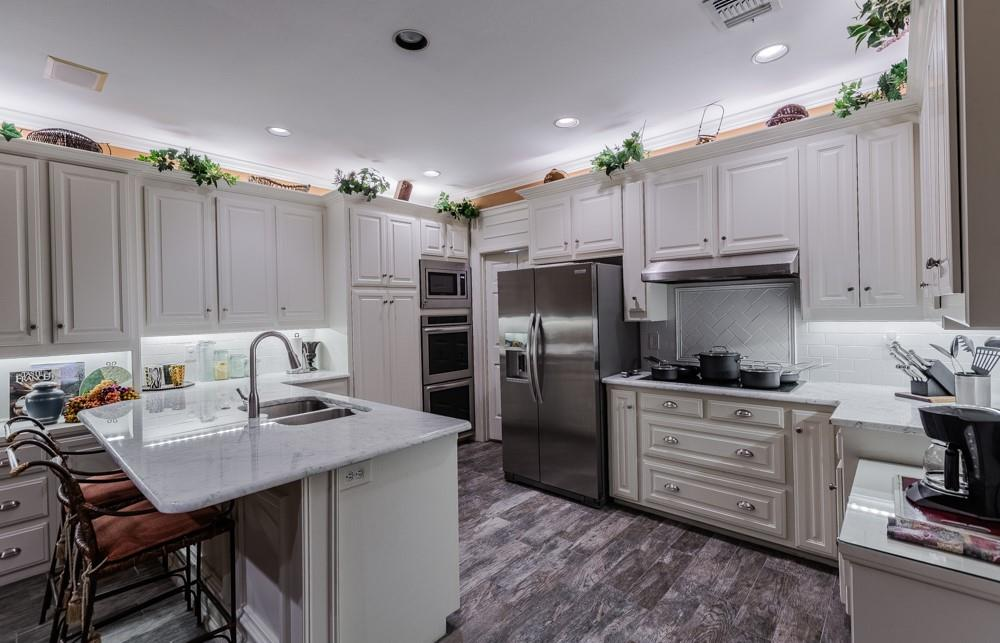6917 Hillpark  Drive, Dallas, Texas 75230 - acquisto real estate best prosper realtor susan cancemi windfarms realtor