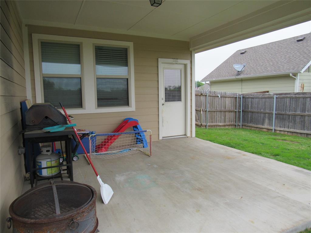 1438 Blue Bonnett  Boulevard, Gainesville, Texas 76240 - acquisto real estate nicest realtor in america shana acquisto