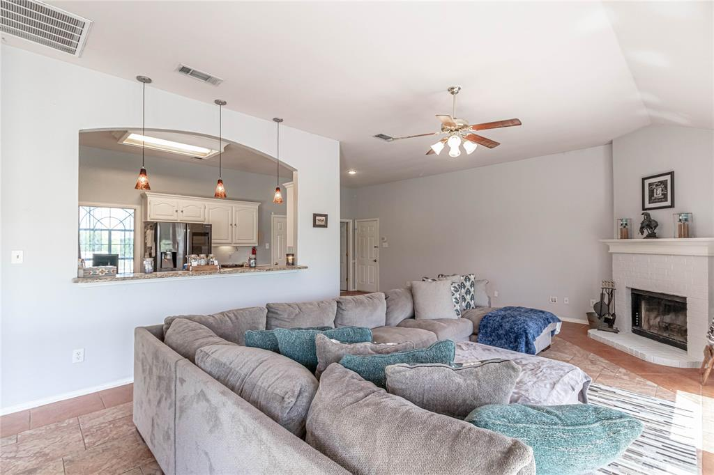 13632 Bates Aston  Road, Haslet, Texas 76052 - acquisto real estate best listing agent in the nation shana acquisto estate realtor